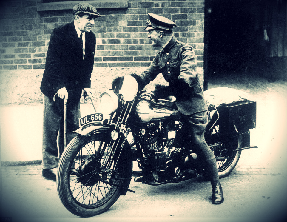 (pictured on the bike talking to George Brough), better known as Lawrence of Arabia